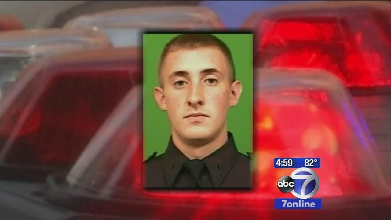 NYPD officer Brian Moore dies after being shot in Queens Saturday