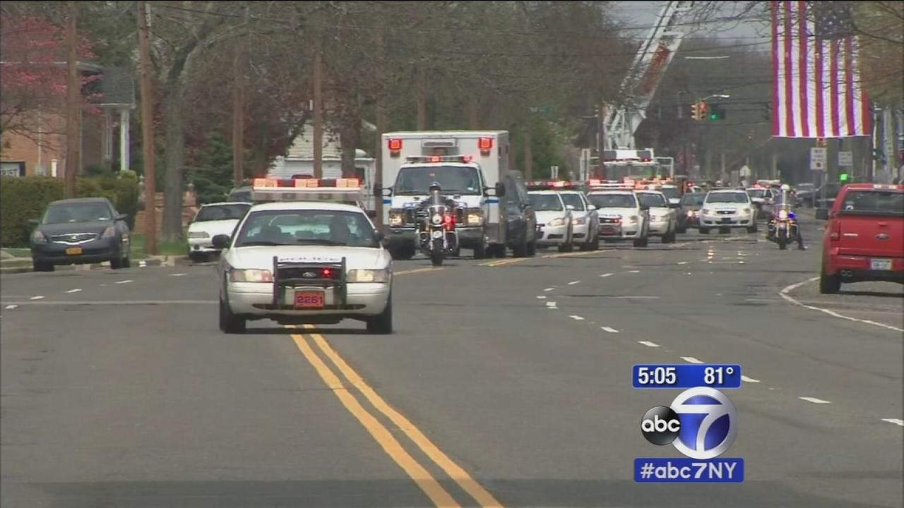 Fallen officer returns to Massapequa