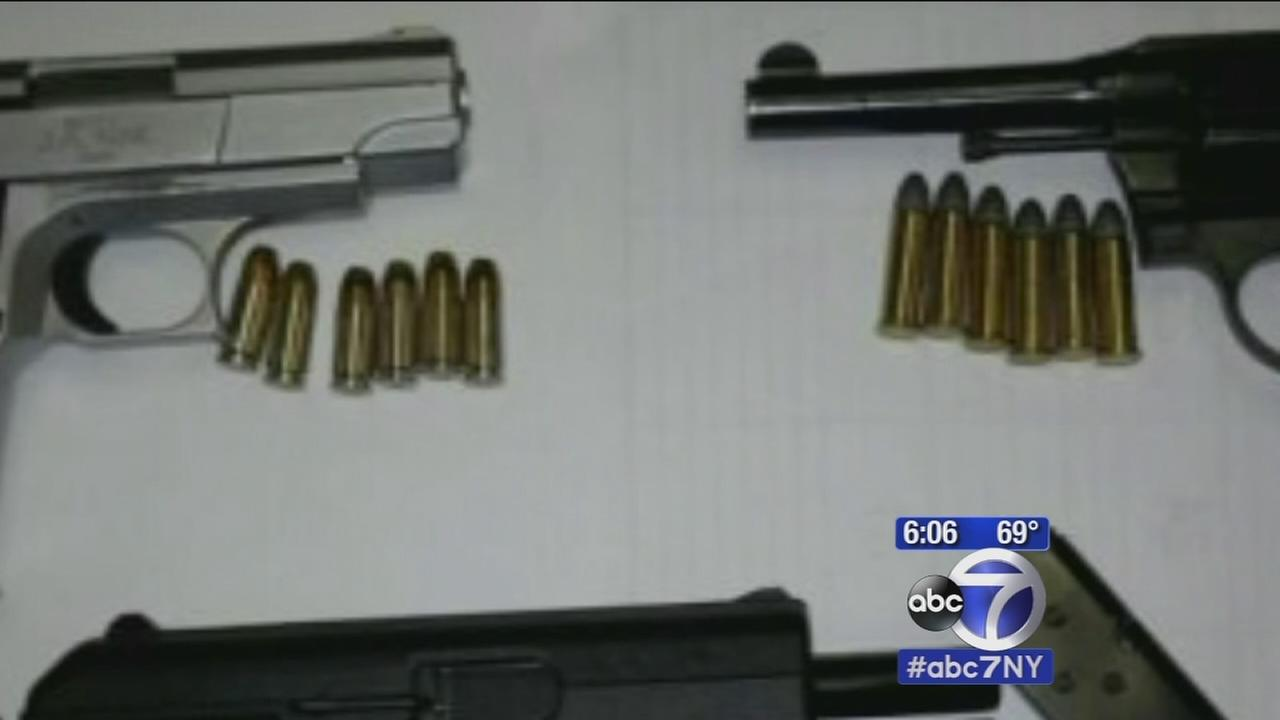 Illegal gun ring busted