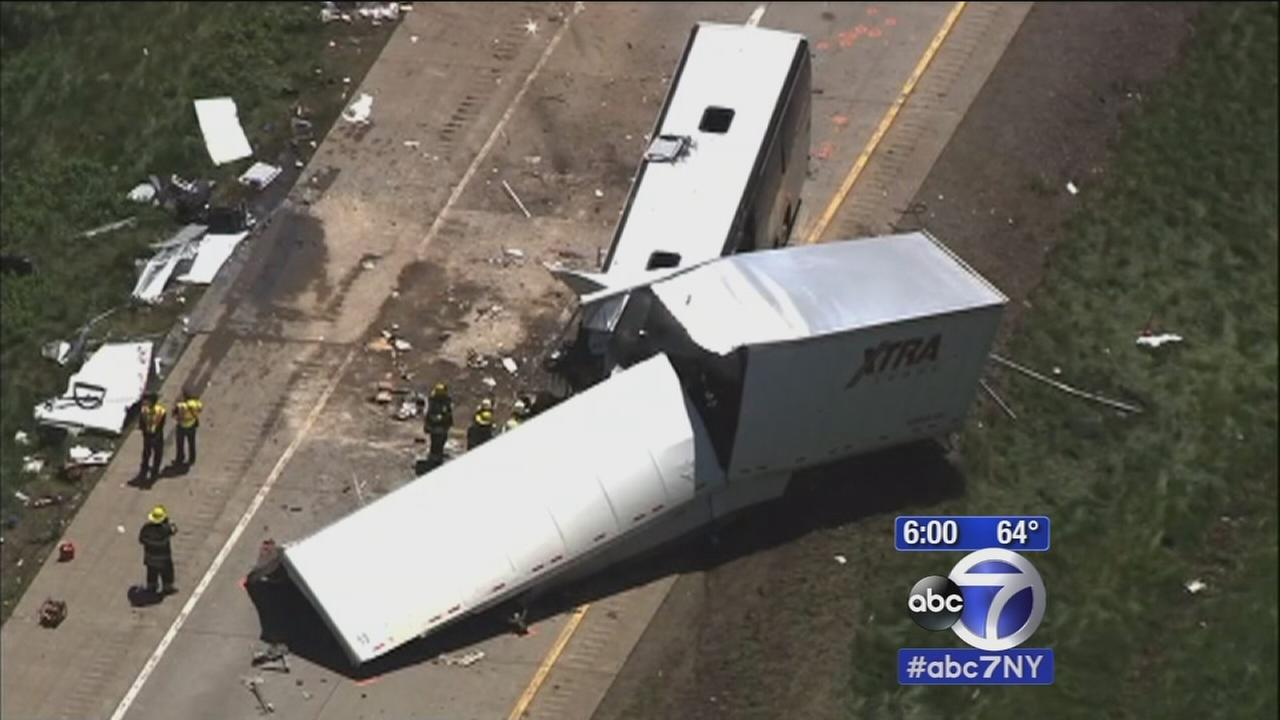 Bus-truck collision in Pennsylvania leaves 4 dead