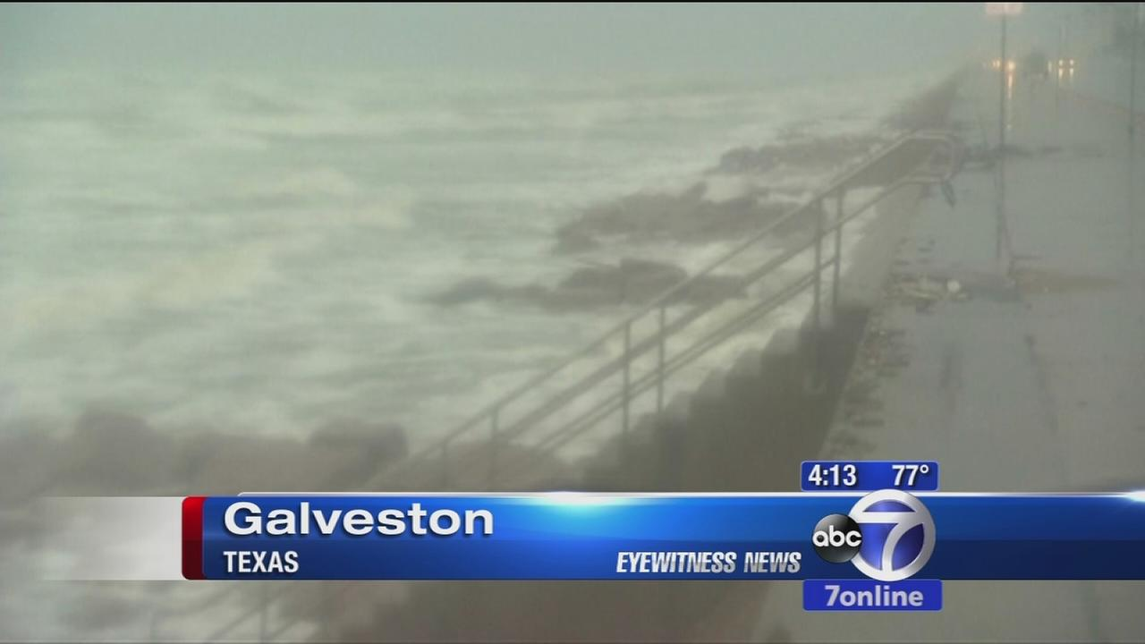 Tropical Storm Bill makes landfall in Texas