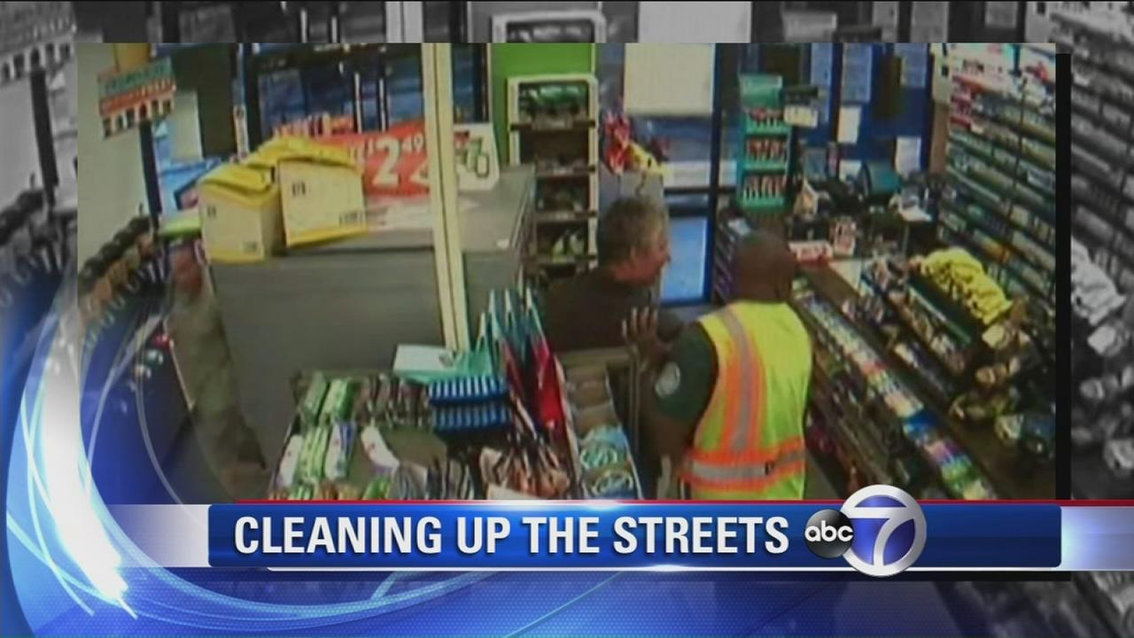 Sanitation worker thwarts would-be robbery in Manhattan
