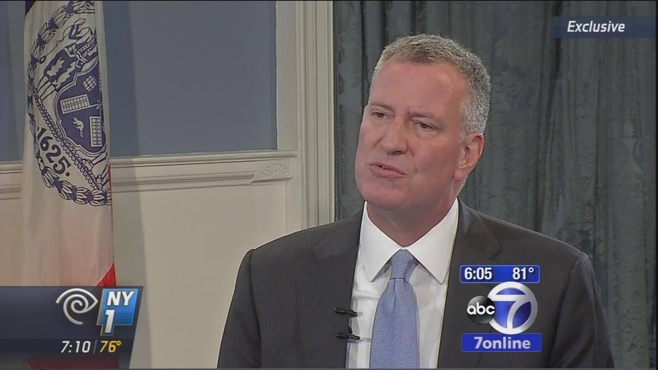 NY politicians react to feud between de Blasio and Cuomo