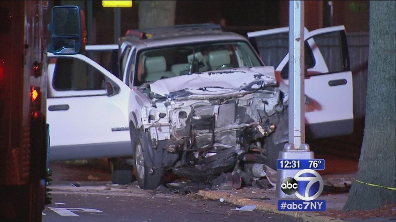 2 dead in Bayside car wreck