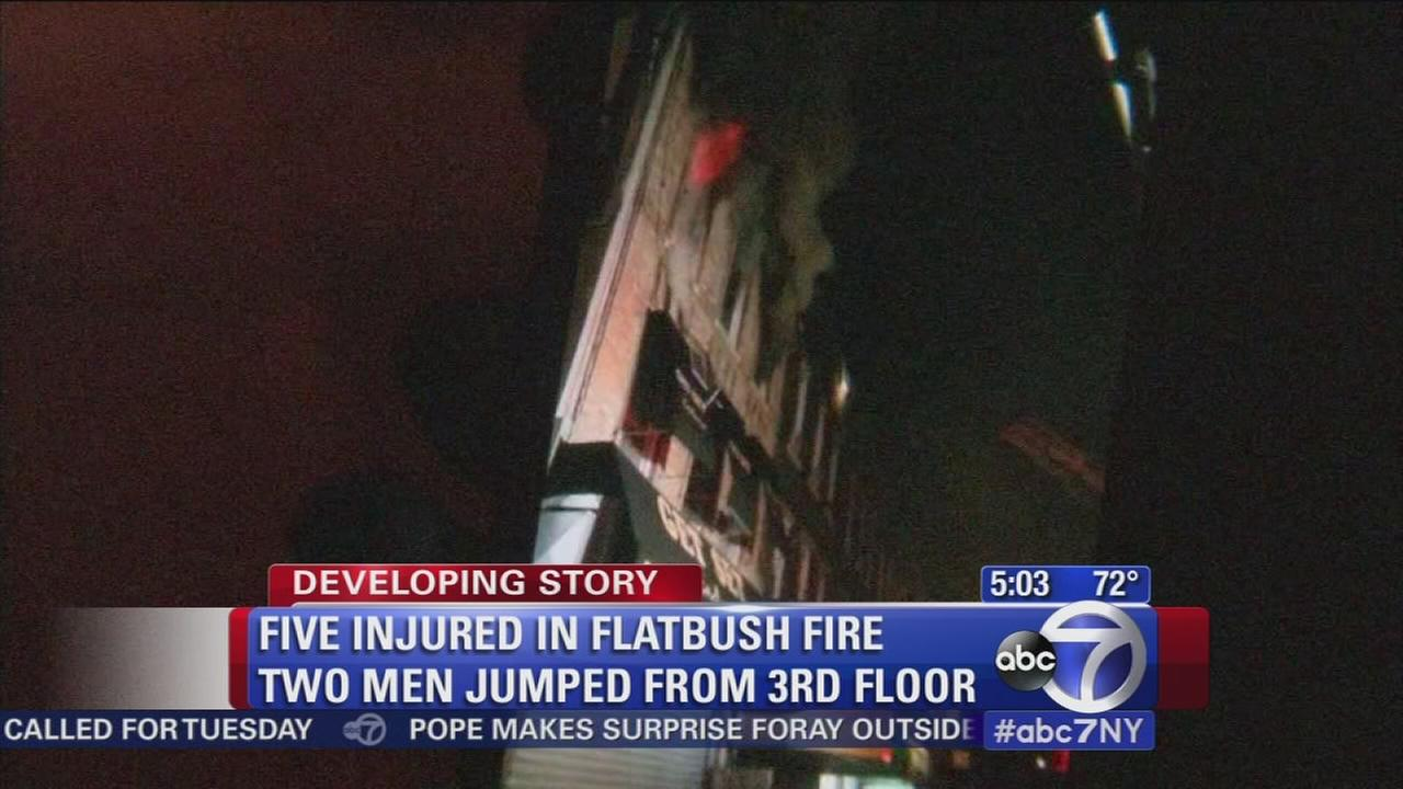 5 hurt in Flatbush apartment fire
