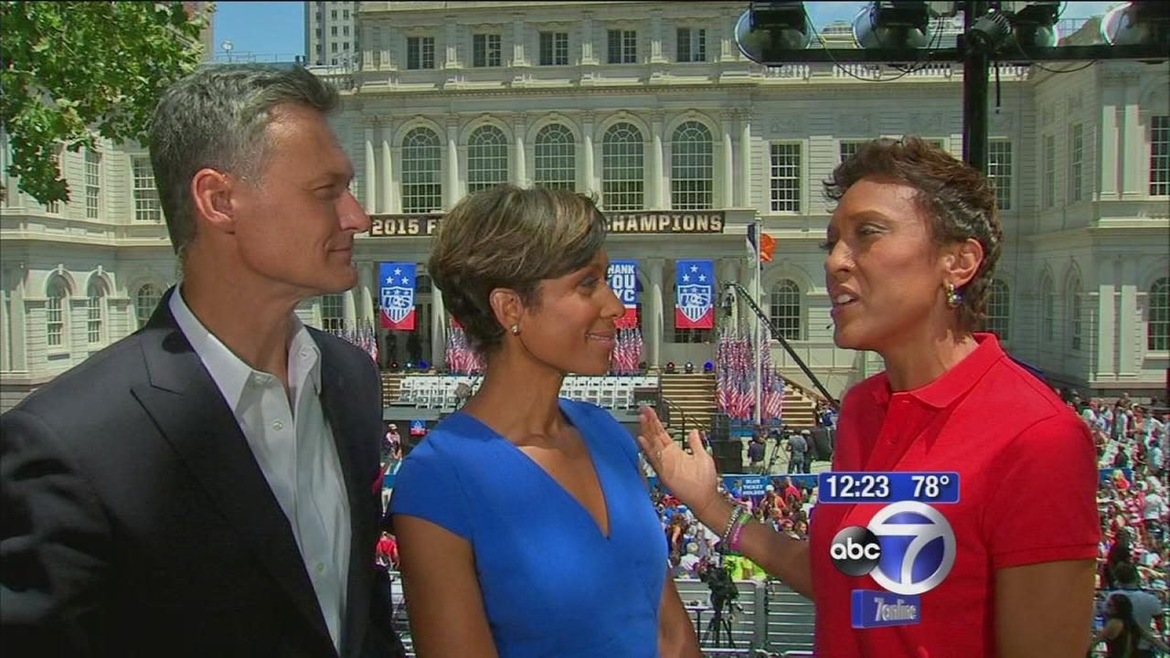 Robin Roberts talks about hosting parade