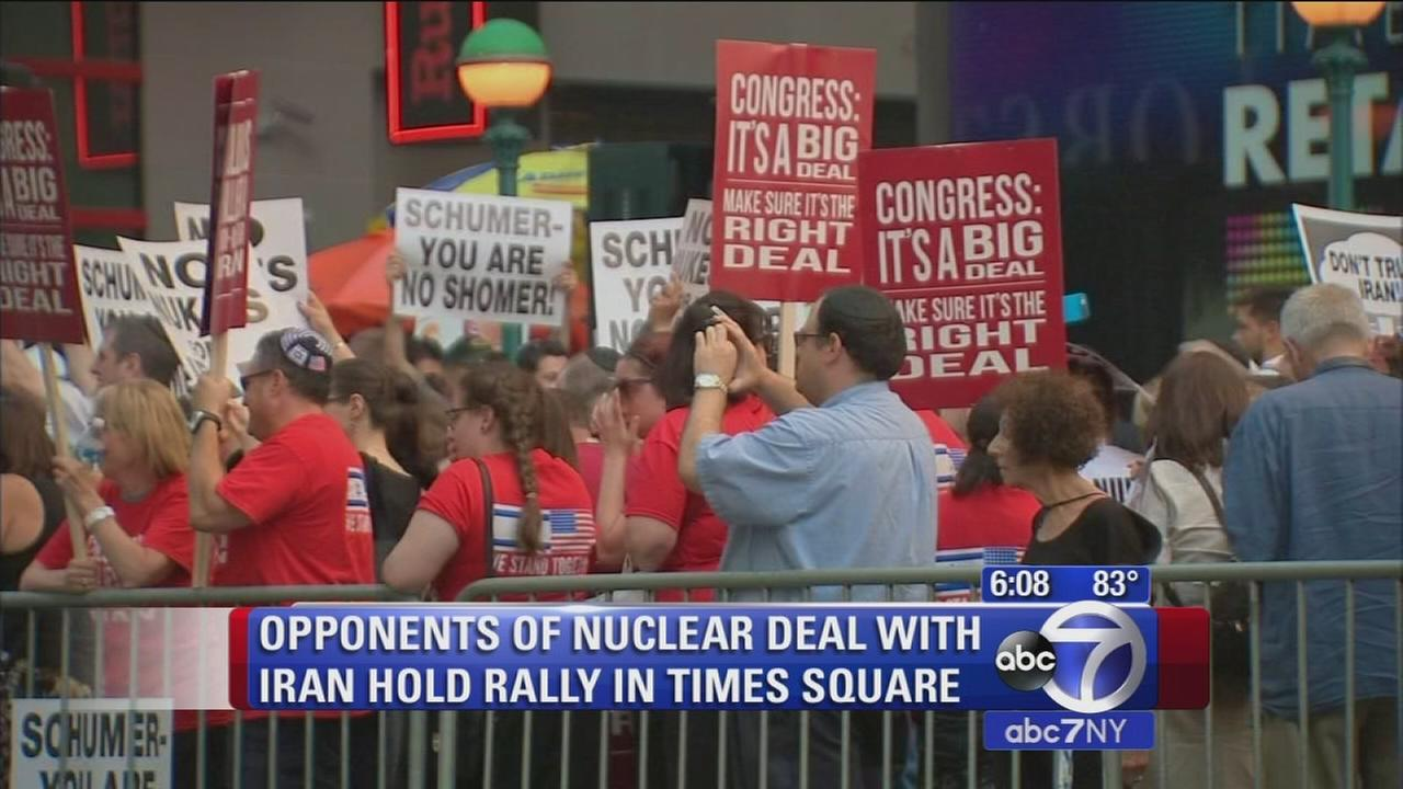 Opponents of nuclear deal with Iran hold rally in Times Square