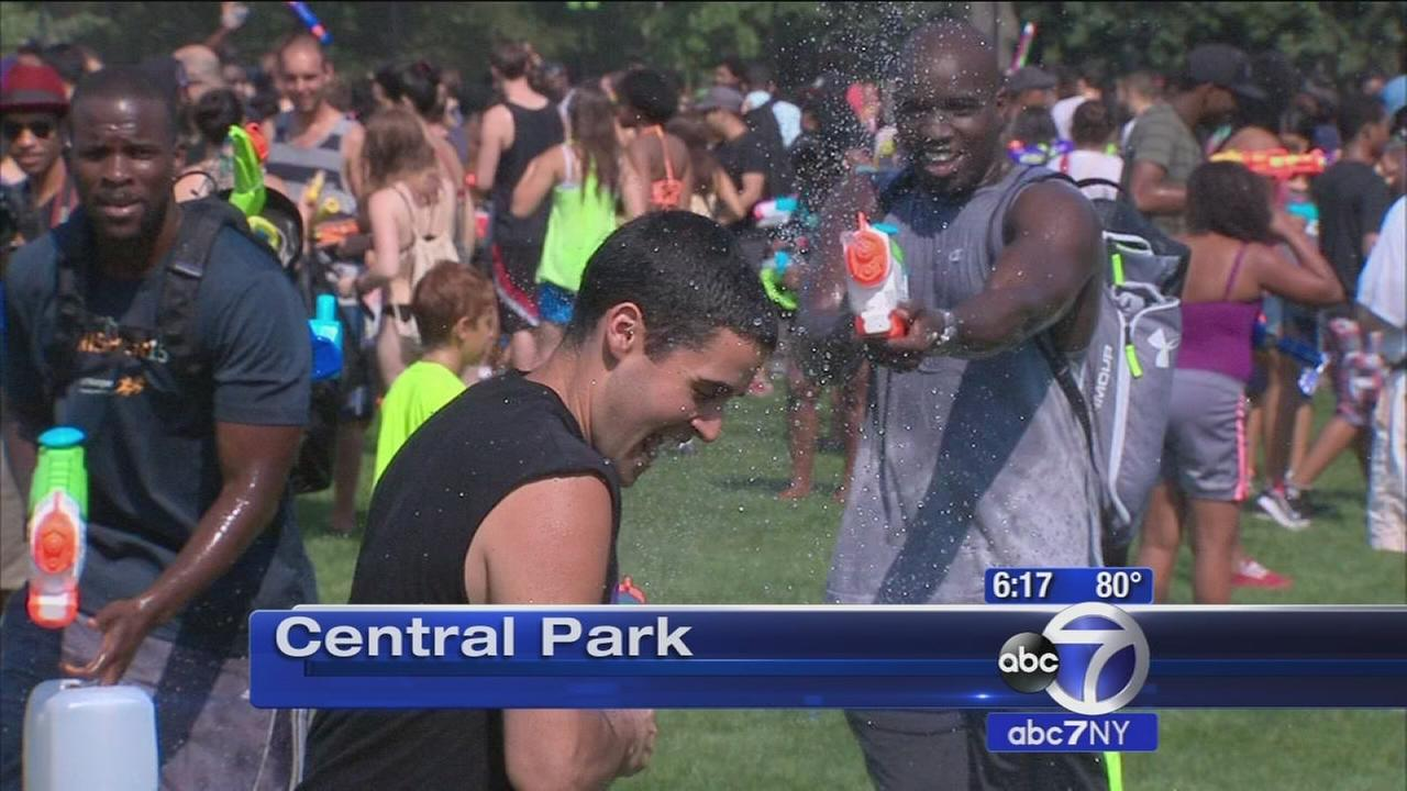 Thousands head to Central Park for massive water fight