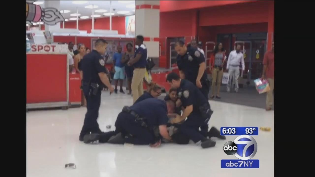 NYPD investigating use of force after Target arrest caught on camera