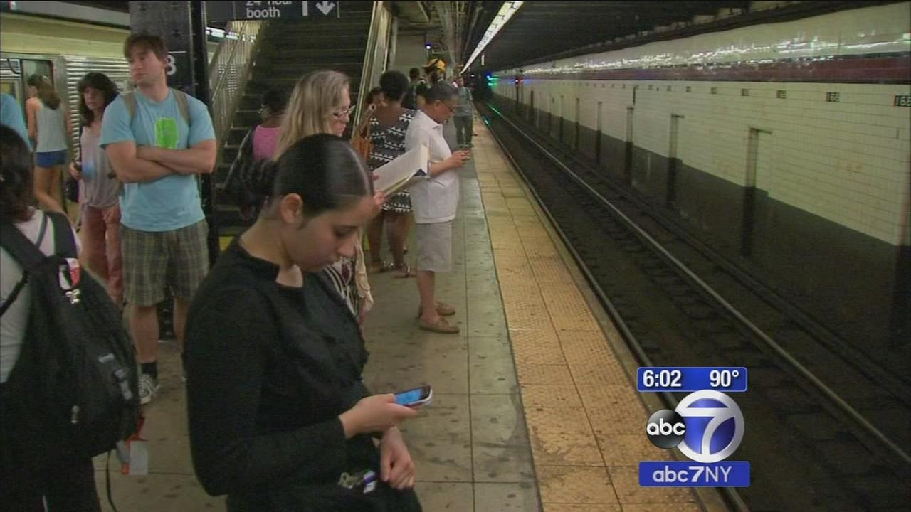 How hot is it on New York City subways?