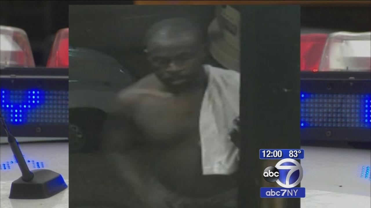 Police looking for man who broke into womans apartment and groped her while she slept