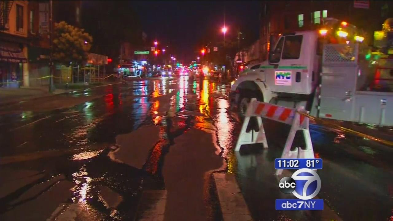 Water main break creates havoc in Brooklyn
