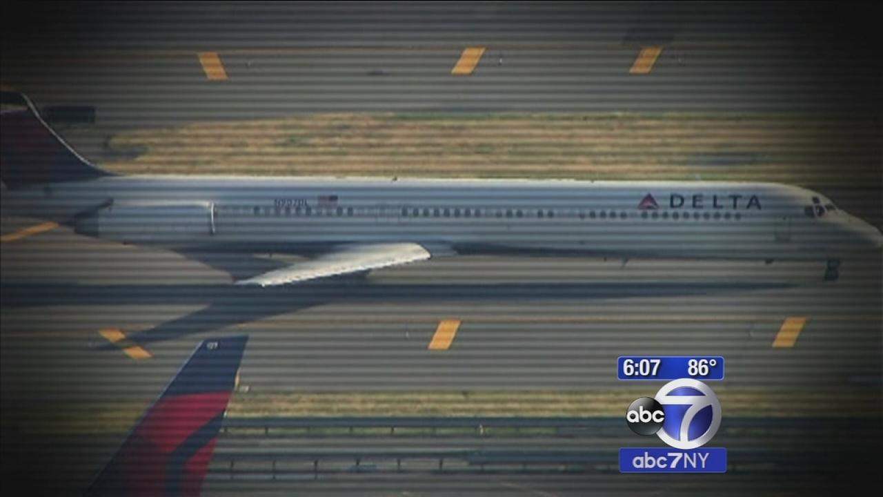 FAA investigating report of drone near JFK