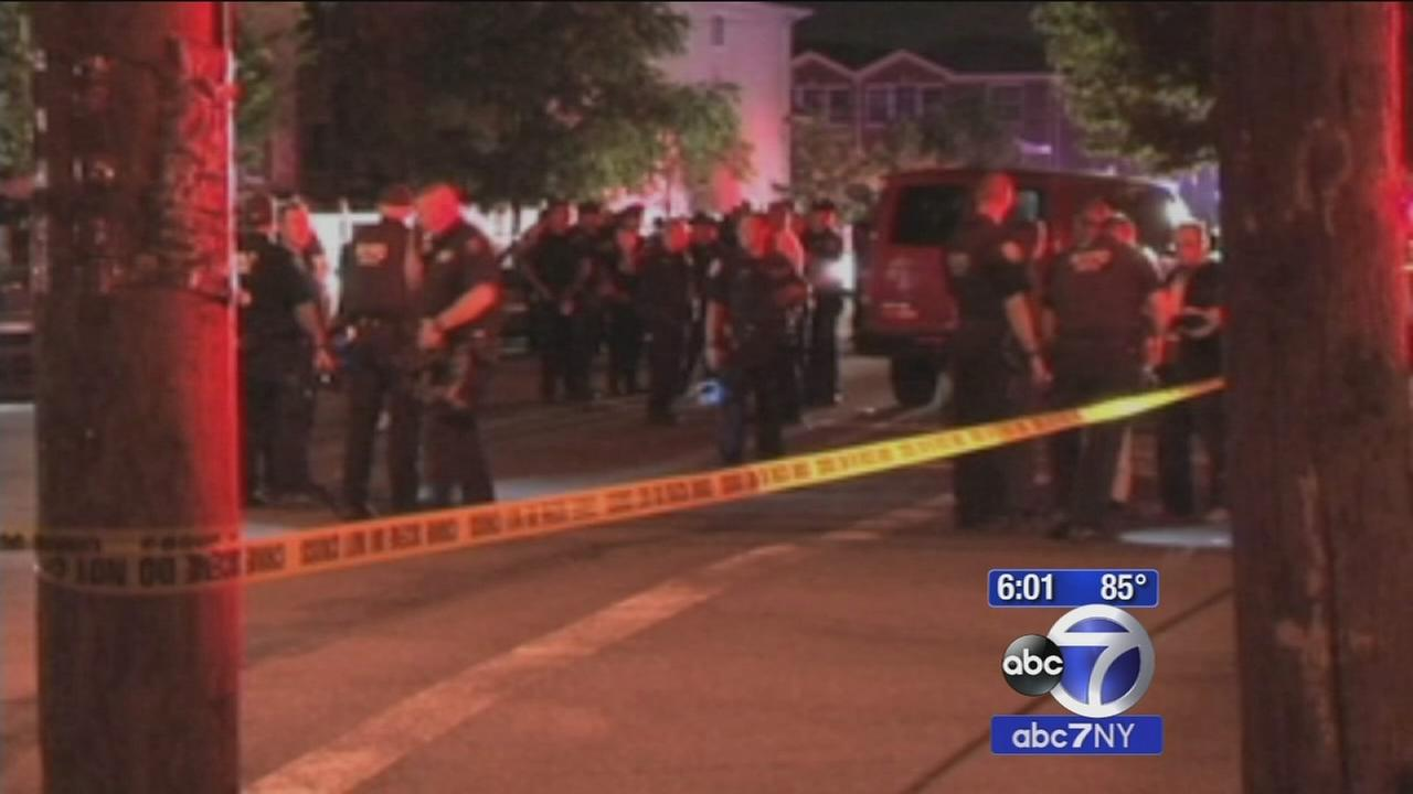 19 people hit by gunfire this weekend; 9 at one scene alone