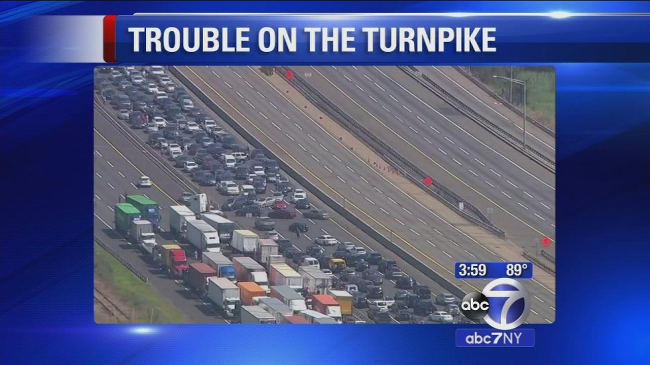 Southbound NJ Turnpike expected closed through PM rush hour after Linden crash