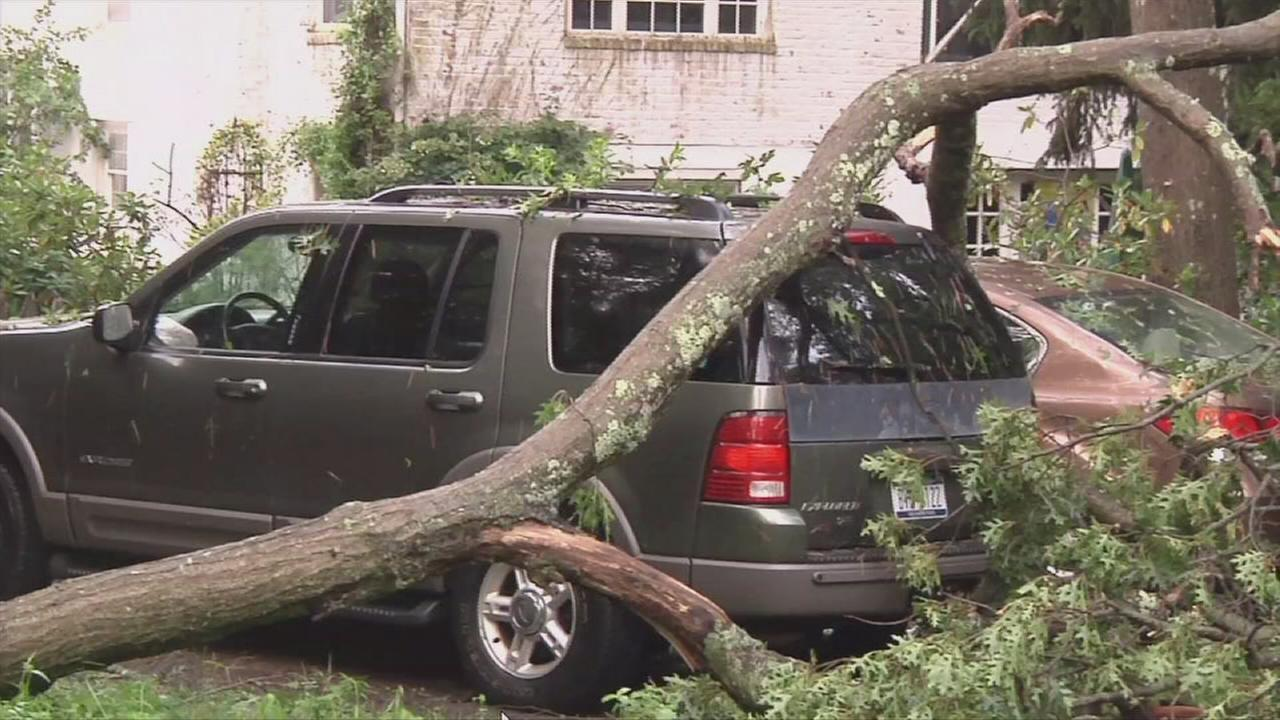 Extended footage of storm damage on Long Island