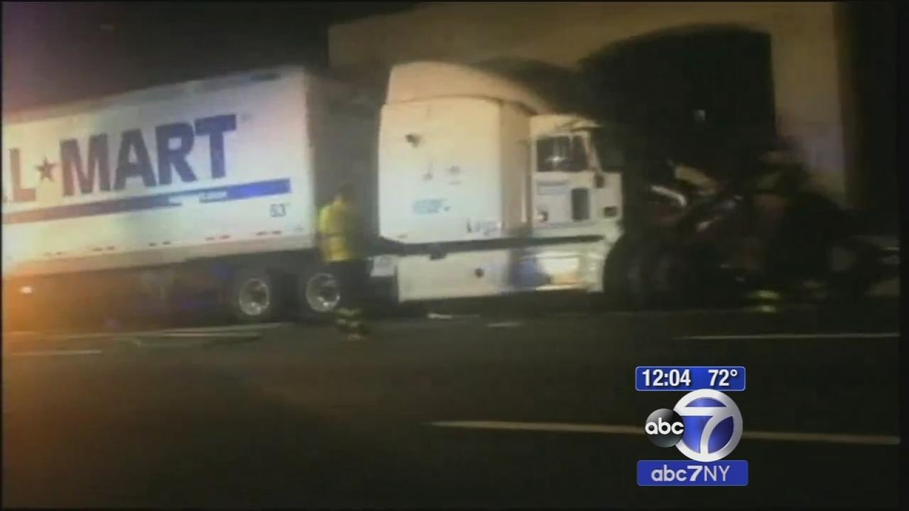 NTSB: Wal-Mart truck driver in Tracy Morgan crash hadnt slept for 28 hours