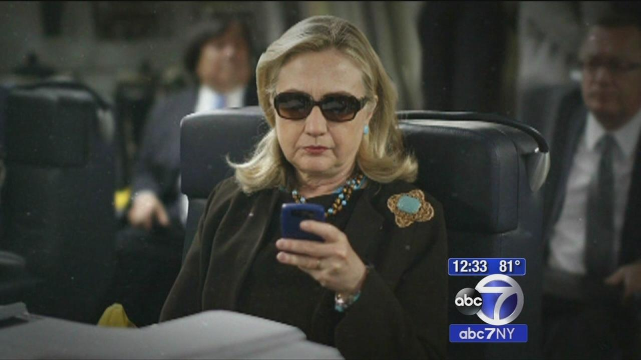 Clinton releases personal email server
