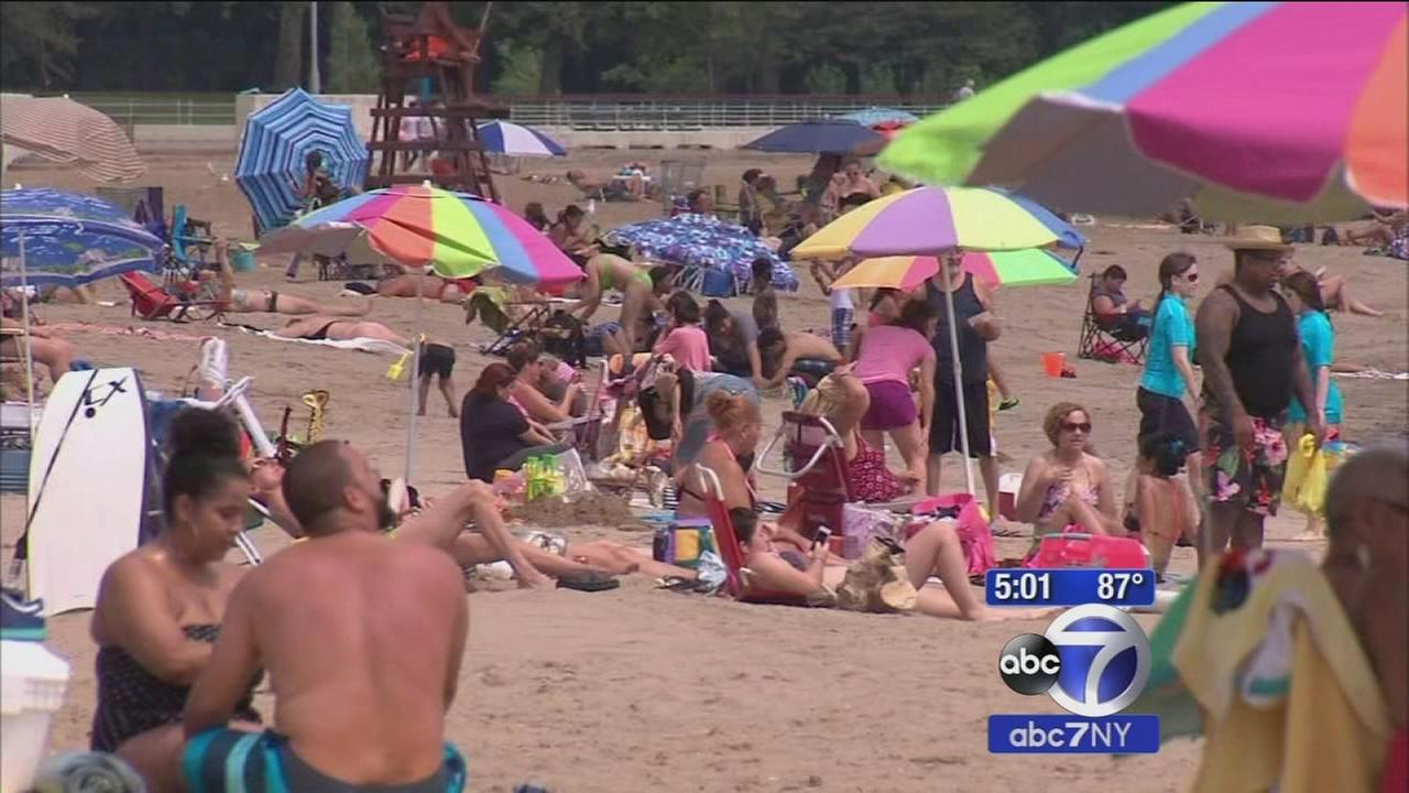 Accuweather alert: Temperature hits record high in New York City