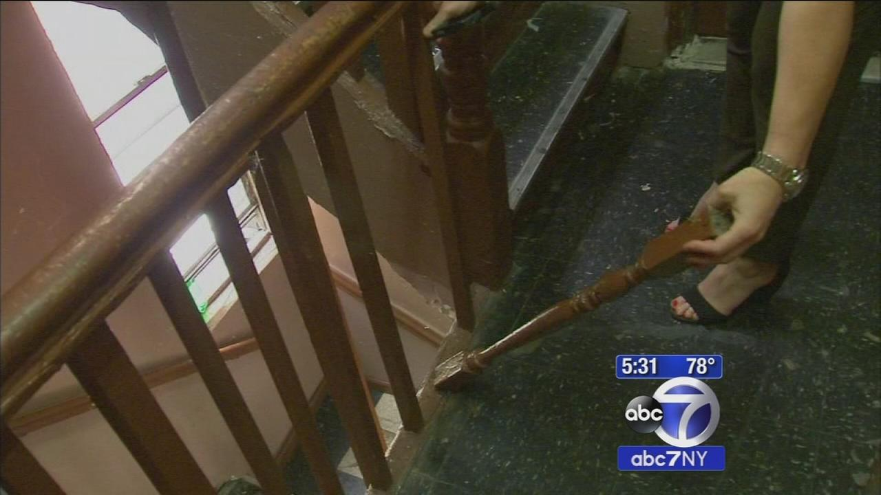 Brooklyn residents fight landlord over building in disrepair amid rent hike