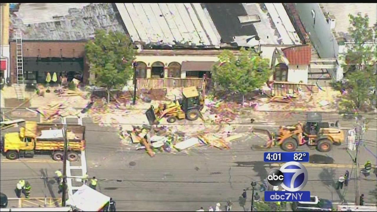 Portion of roof collapses at Westchester restaurant