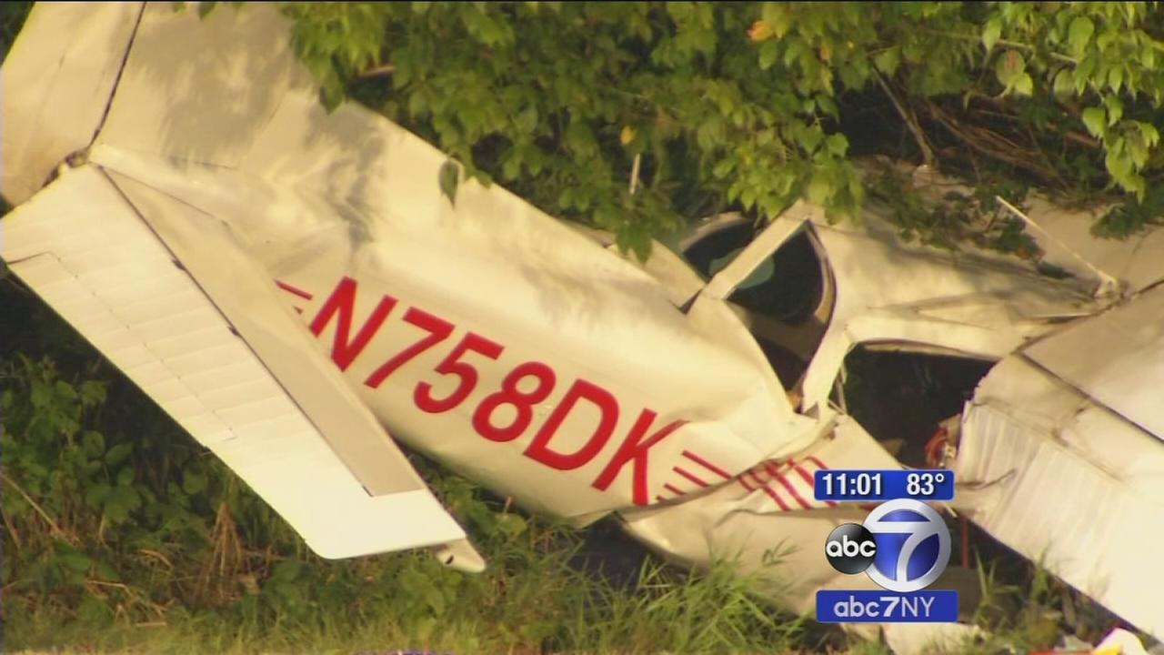 Coast Guard plane crashes in Cresskill injuring 2