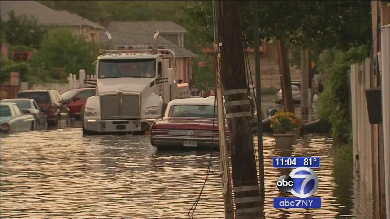 Neighborhoods experience extreme flooding on Staten Island