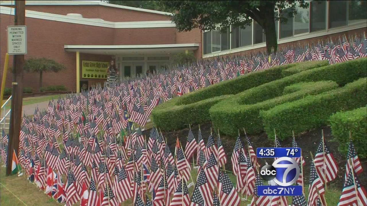 Cedar Grove High School students honor 911 victims with 2977 flags