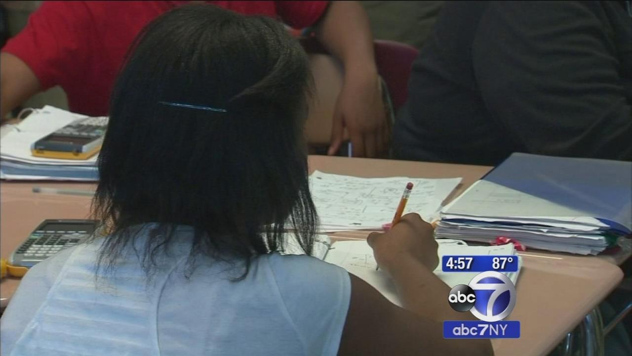 Mayor Bill de Blasio unveils education initiative for New York City schools