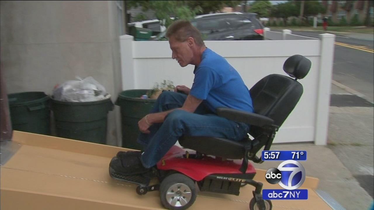 Garfield mailman, son come to the rescue after thieves steal wheelchair ramp
