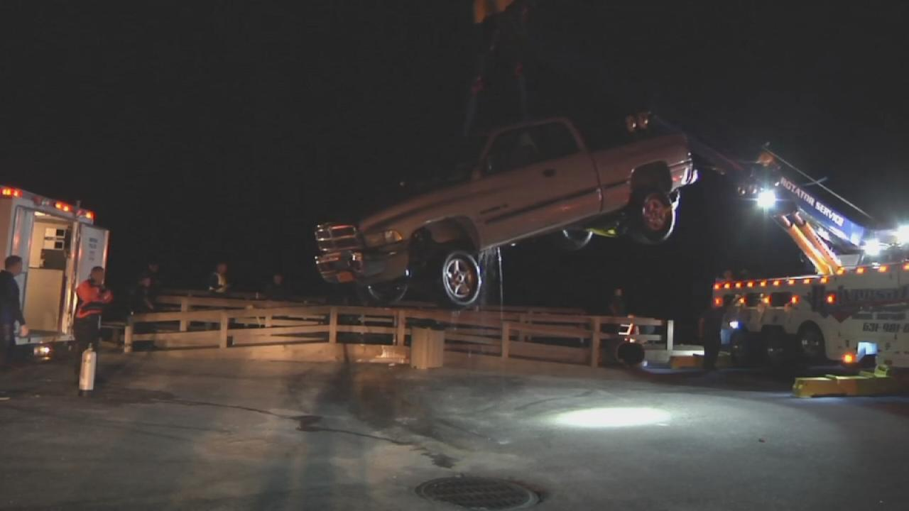 Truck that ended up in water in Center Moriches fished out