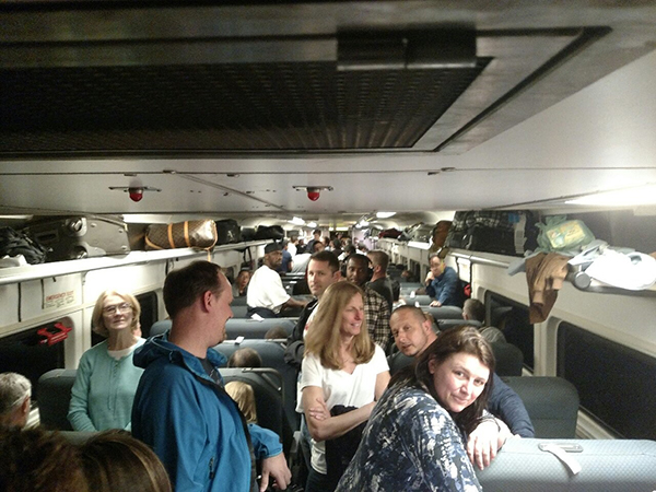 Train stuck in tunnel between NJ, NY finally makes it out class=