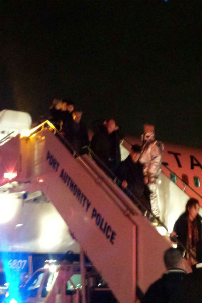 <div class='meta'><div class='origin-logo' data-origin='none'></div><span class='caption-text' data-credit='WABC Photo'>Delta flight to JFK evacuated after receiving threat</span></div>