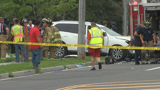 People Killed When Car Crashes Into Suv In Medford