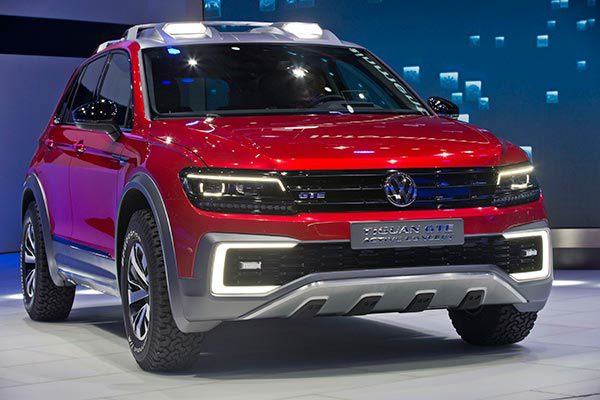 """<div class=""""meta image-caption""""><div class=""""origin-logo origin-image none""""><span>none</span></div><span class=""""caption-text"""">The Volkswagen Tiguan GTE Active Concept plug-in hybrid is displayed at the North American International Auto Show, Monday, Jan. 11, 2016, in Detroit. (AP Photo/Tony Ding)</span></div>"""