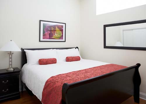 "<div class=""meta image-caption""><div class=""origin-logo origin-image none""><span>none</span></div><span class=""caption-text"">12th Top Small Hotel in U.S.: The Guesthouse Hotel (TripAdvisor)</span></div>"