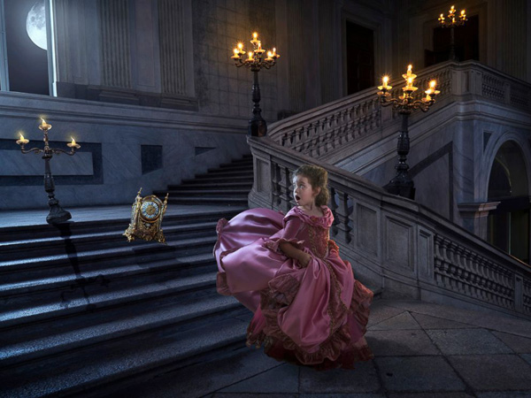 <div class='meta'><div class='origin-logo' data-origin='none'></div><span class='caption-text' data-credit='@joshrossiphoto/Instagram'>Commercial photographer Josh Rossi gave his daughter, Nellee, a magical &#34;Beauty and the Beast&#34; photo shoot she'd cherish forever.</span></div>