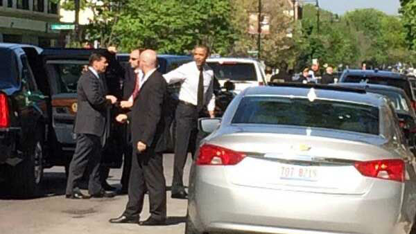 President Barack Obama stopped at Valois for breakfast before heading back to Washington. <span class=meta>WLS Photo/ Diane Pathieu</span>