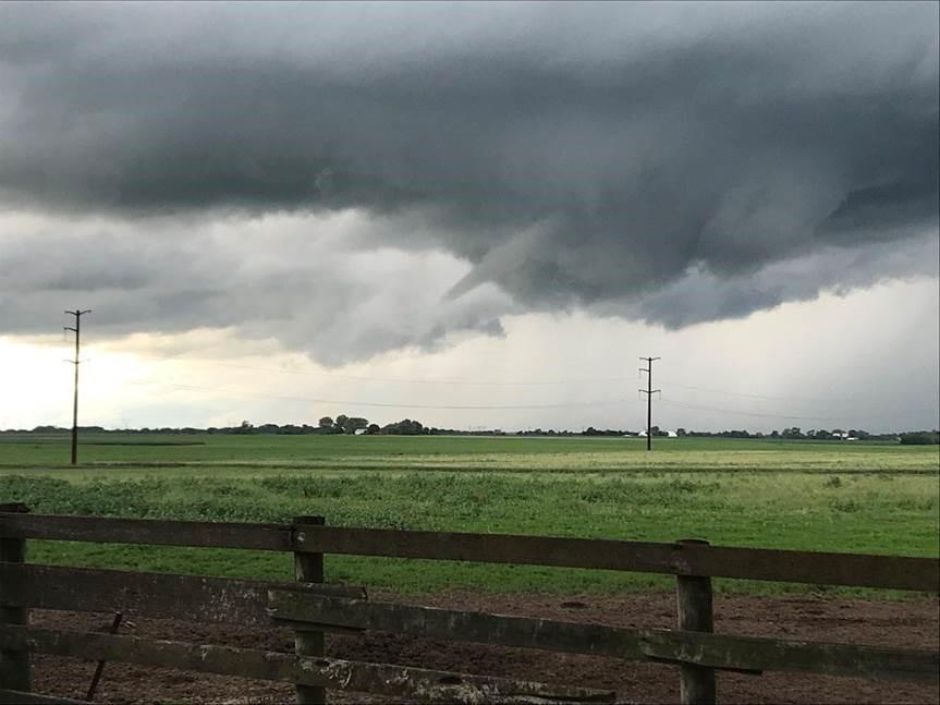 <div class='meta'><div class='origin-logo' data-origin='WLS'></div><span class='caption-text' data-credit='@Dcow6/Twitter'>Funnel cloud spotted five miles west of Peotone, Illinois.</span></div>
