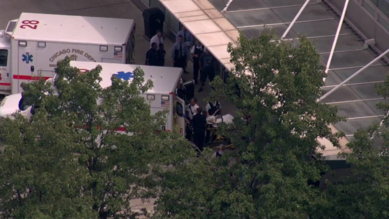 Chicago police officer shot in Back of the Yards neighborhood