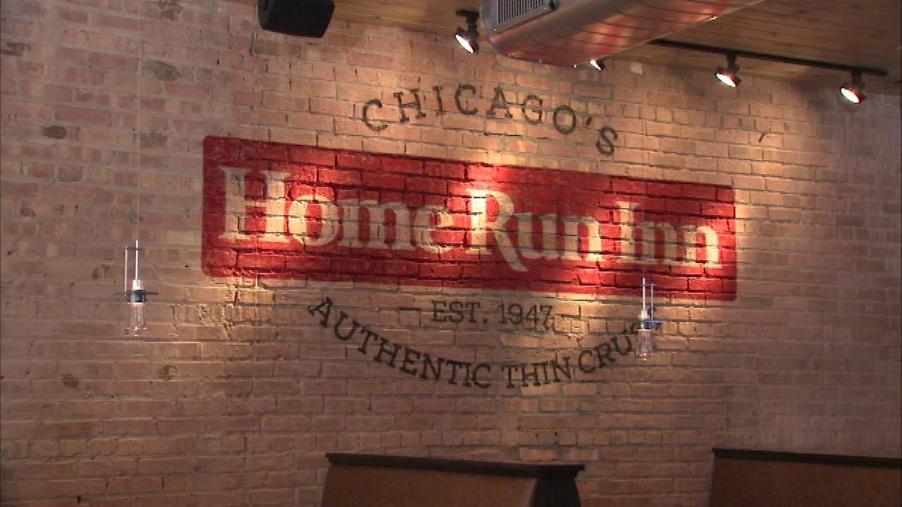Home run inn opens first north side restaurant in lakeview for Home run inn