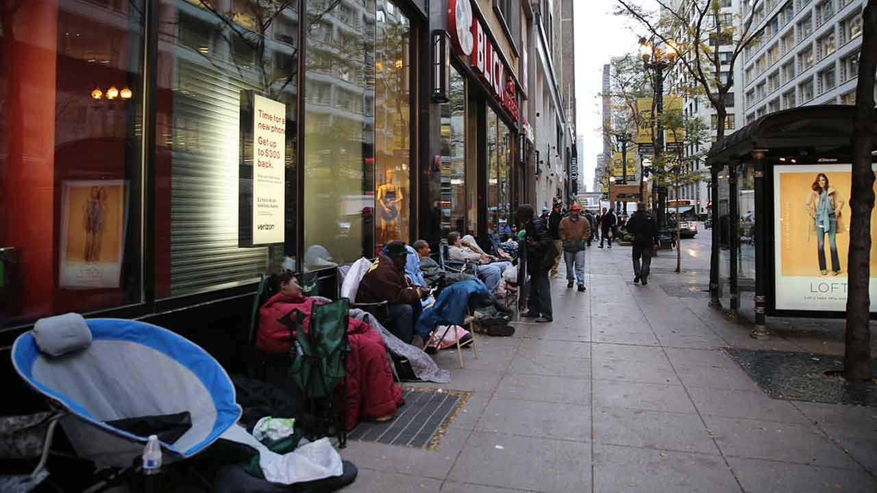 photos fans line up early for michael jordan store opening