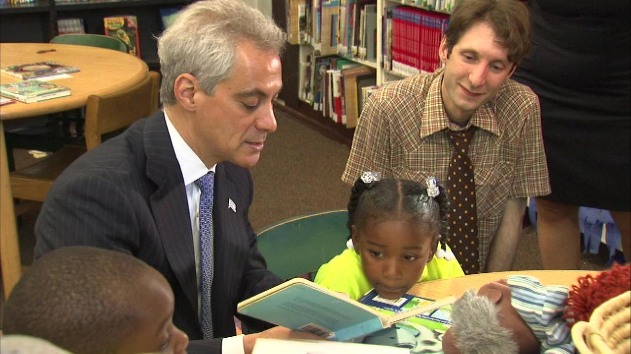 Mayor Rahm Emanuel is challenging Chicago kids to read 2.4 million books this summer.