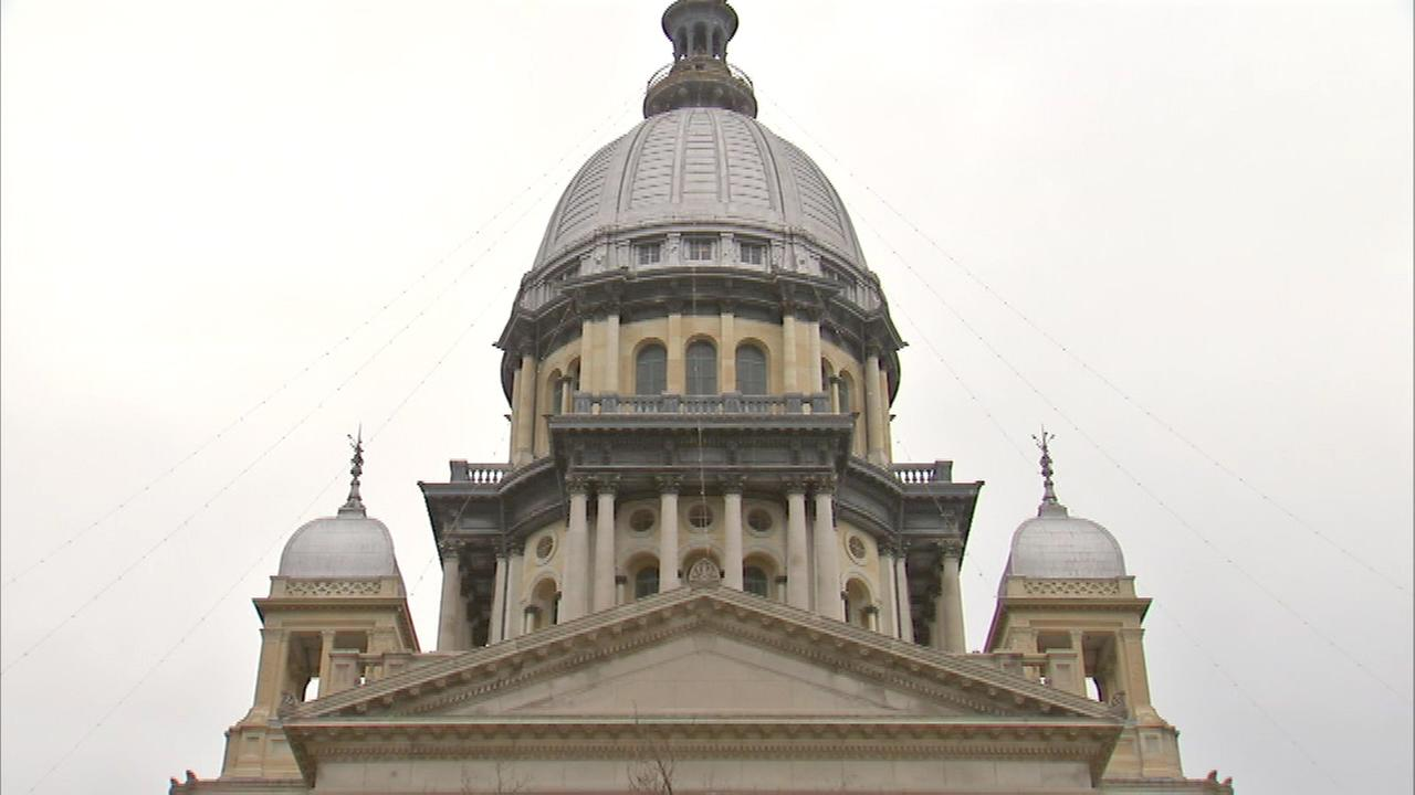 Illinois House Passes Minimum Wage Increase