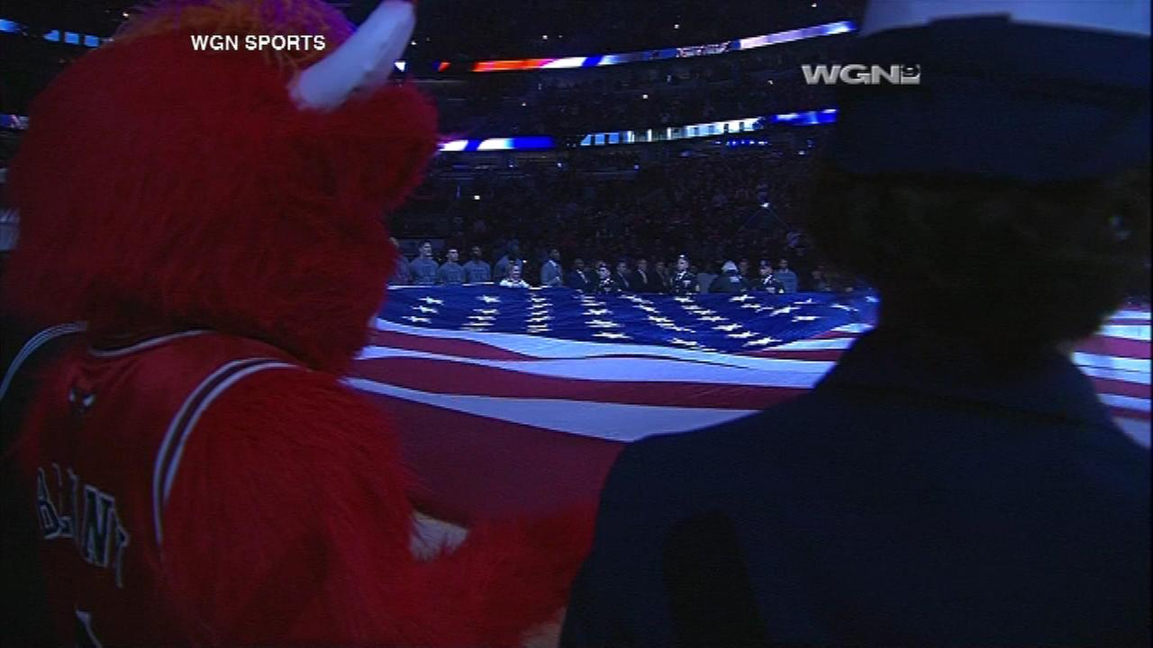 The Chicago Bulls paid tribute Saturday night to all military members in honor of the upcoming Veterans Day.