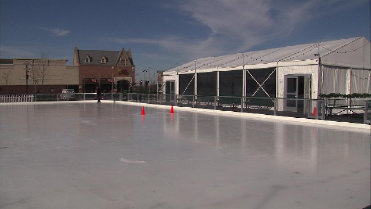 There is a new ice skating rink in the northwest suburbs.