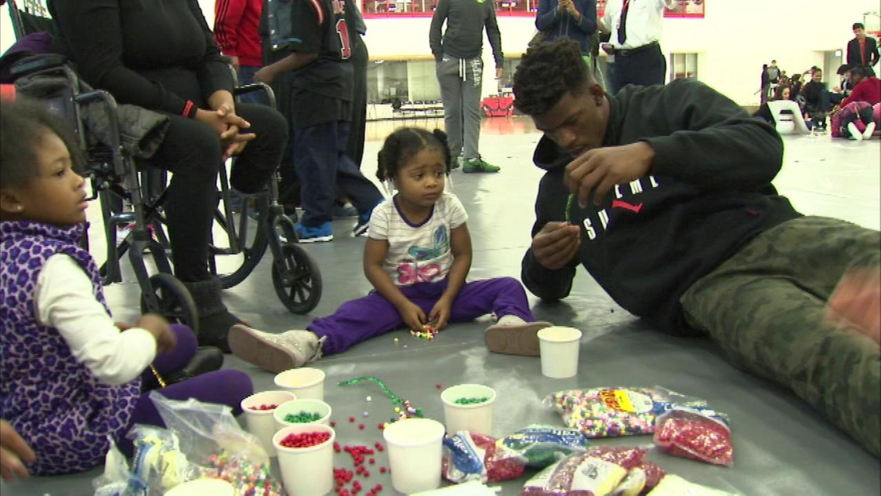 The Chicago Bulls hosted an All-Team Holiday Party for 25 local families Sunday.