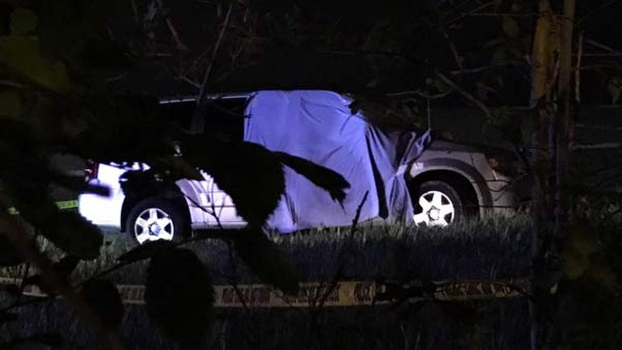 Illinois State Police are investigating a deadly shooting that ended in a crash along I-57 on Chicagos South Side.