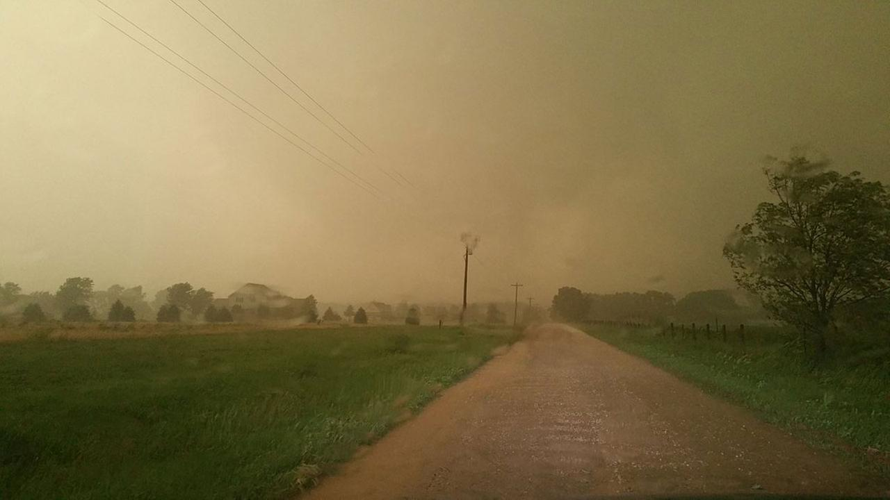 Tornado touches down west of Chicago in Sheridan, Ill.@nilwxreports