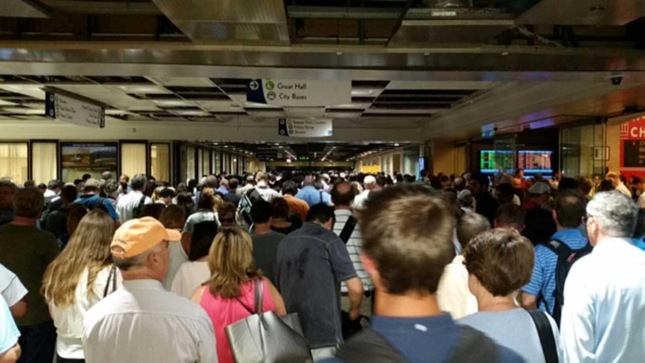 Metra trains delayed at Union State